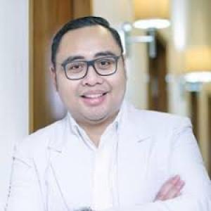 Dr. Adhimukti T. Sampurna