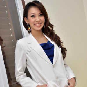 Dr. Emilia Slamat