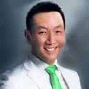 Dr. Eddy Karta