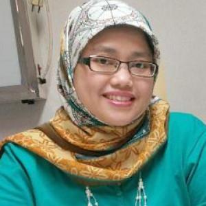 dr. Aina Dahlia