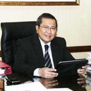 Dr. Anwar Santoso