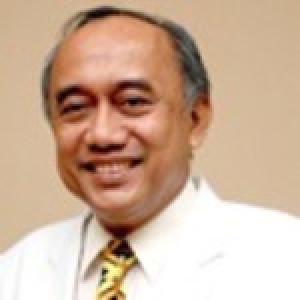 Dr. Glenn Sherwin Dunda
