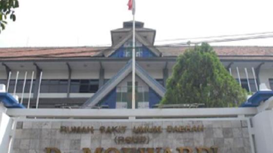 RS Umum Daerah Dr. Moewardi Surakarta